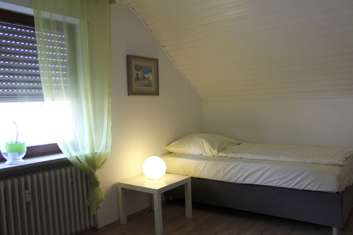 Zimmer unterm Dach